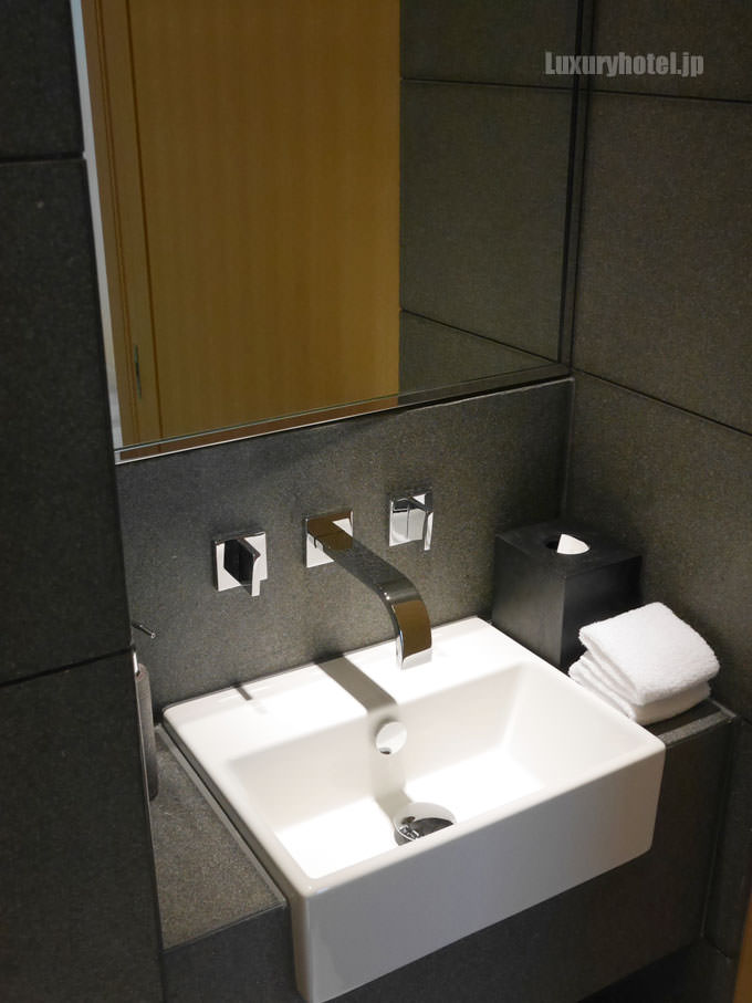 トイレの洗面台