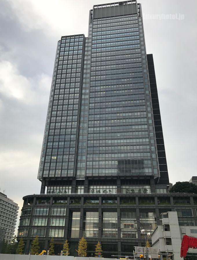 東京駅の向かい側にある新丸の内ビル
