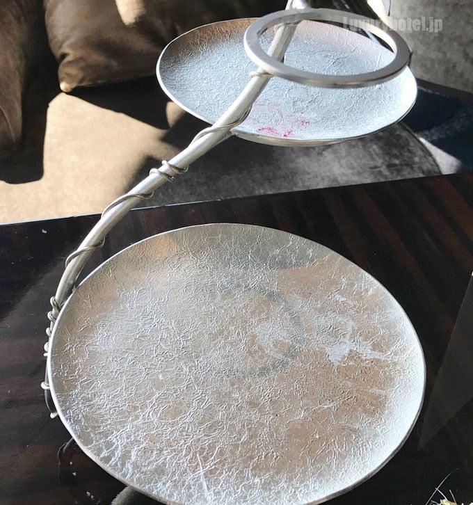 ティースタンドは富山で鋳物を作る「能作」とのコラボレーション