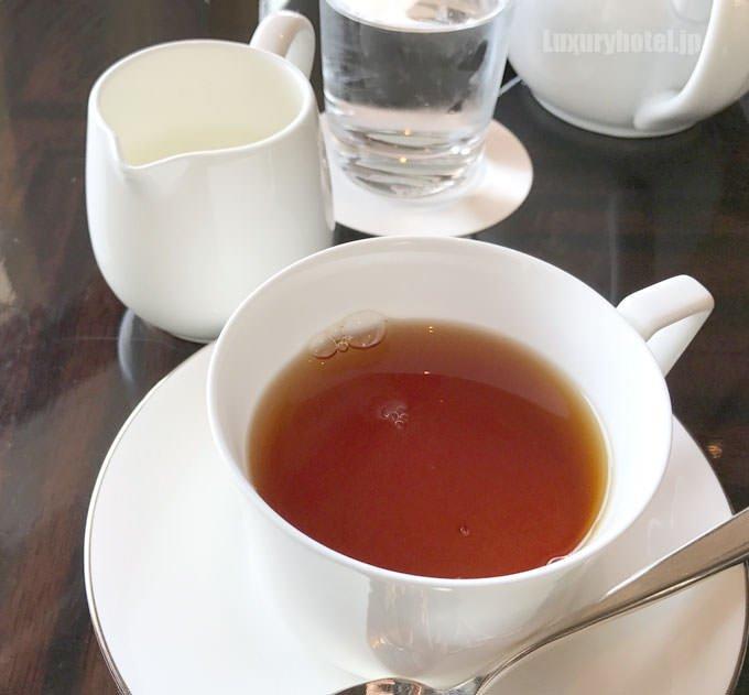パレスホテル東京 プリヴェ・アフタヌーンティー 紅茶 タイトル画像