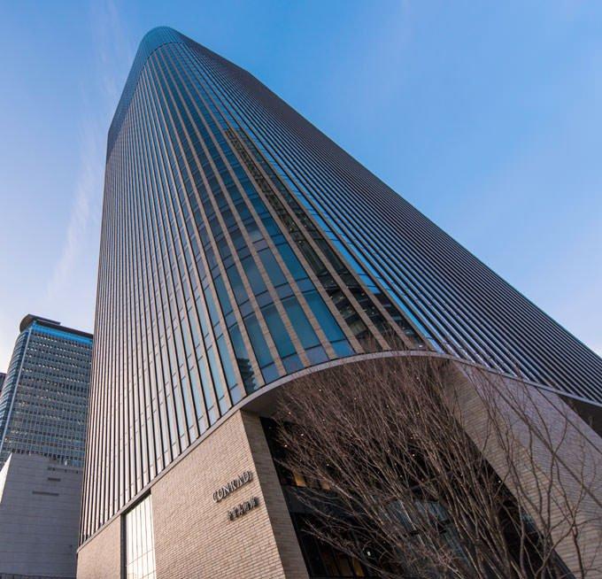 コンラッド大阪 フェスティバルタワー ウエスト 外観