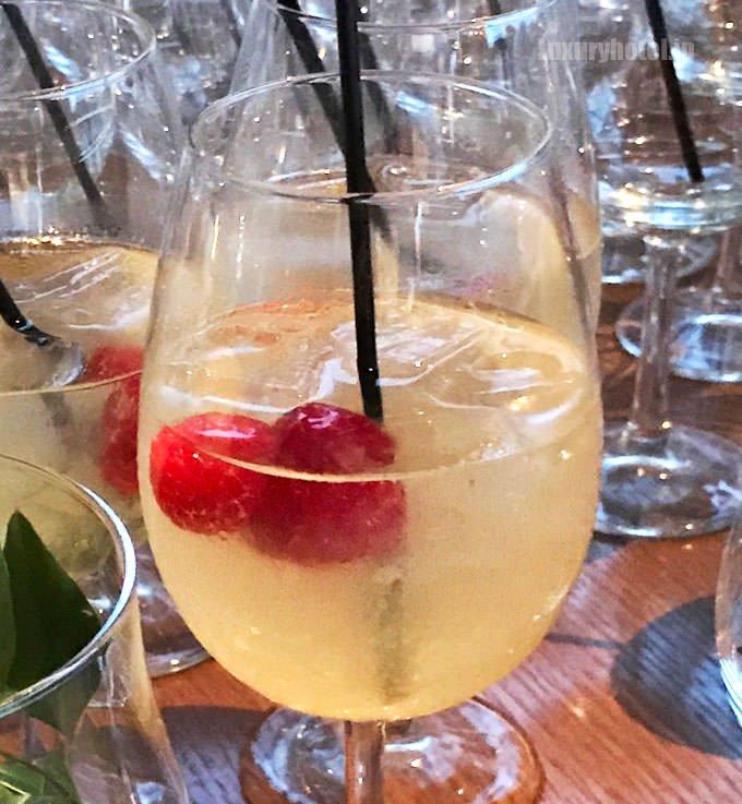 白ワインのサングリア 飲みやすくて美味しい