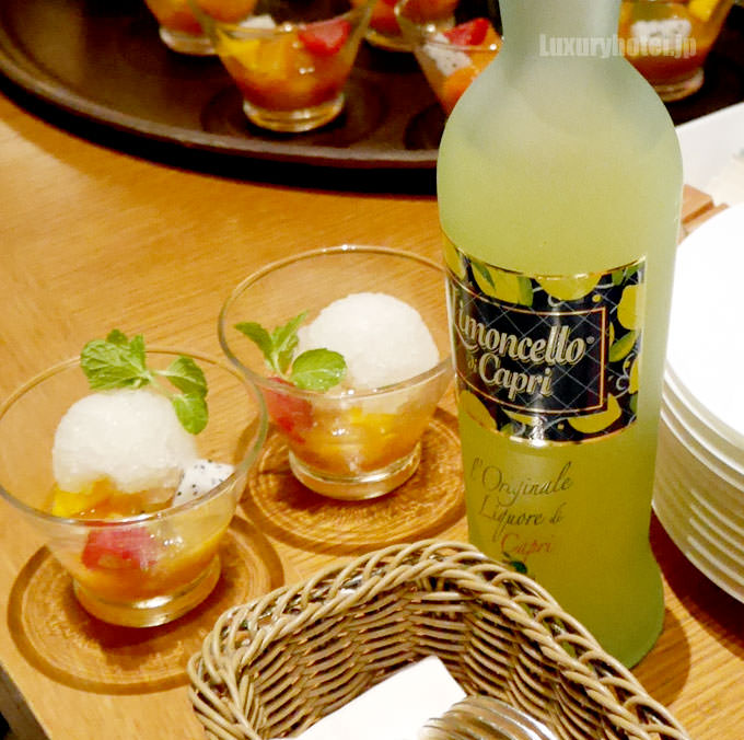 ミントのグラニテとトロピカルフルーツ リモンチェッロ・ディ・カプリ