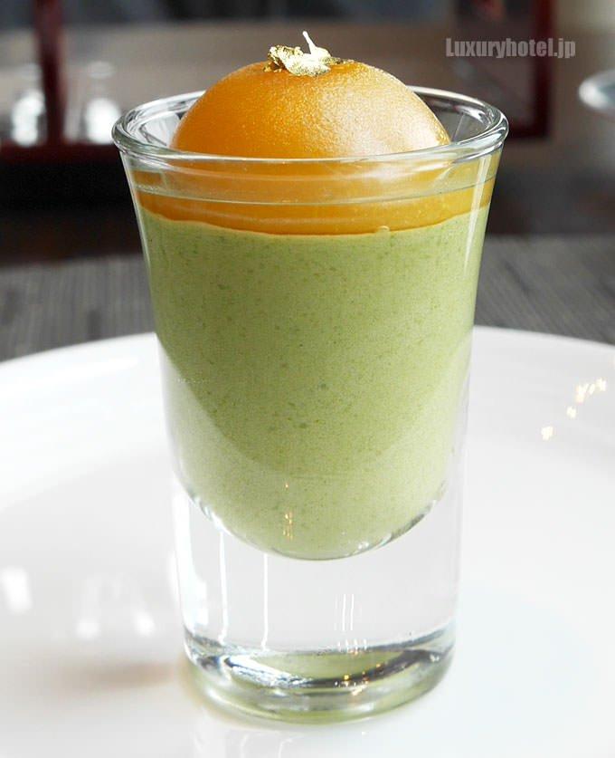 抹茶ムース オレンジソース