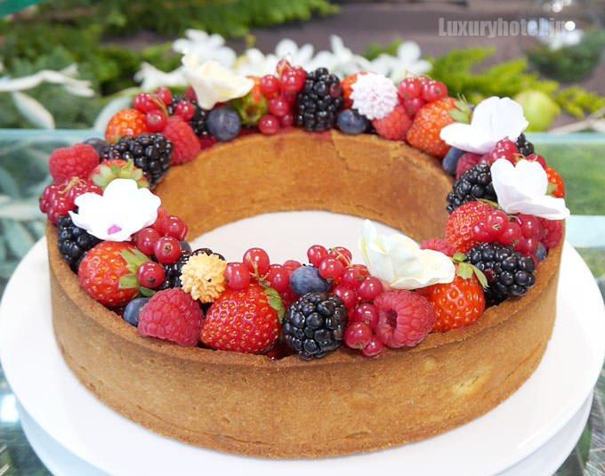 ジャルダン ド フリュイの中のケーキ
