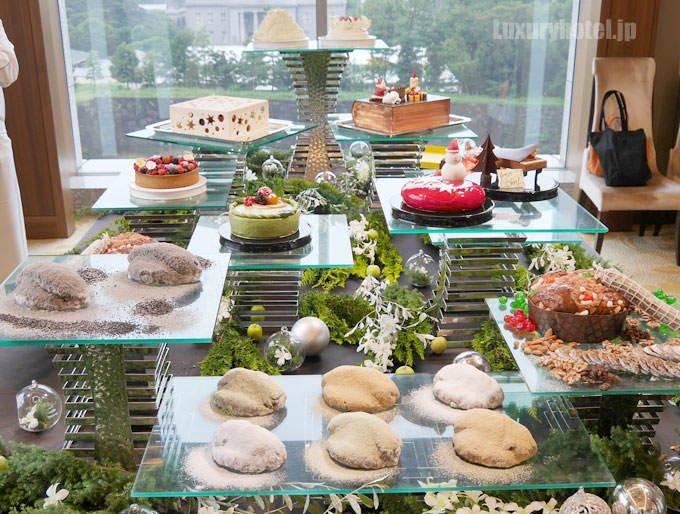 パレスホテル東京 クリスマスケーキ 発表会 展示画像