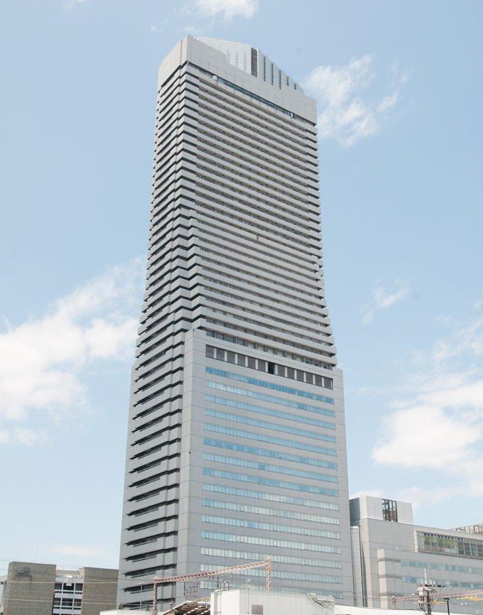 大阪ベイタワー 外観