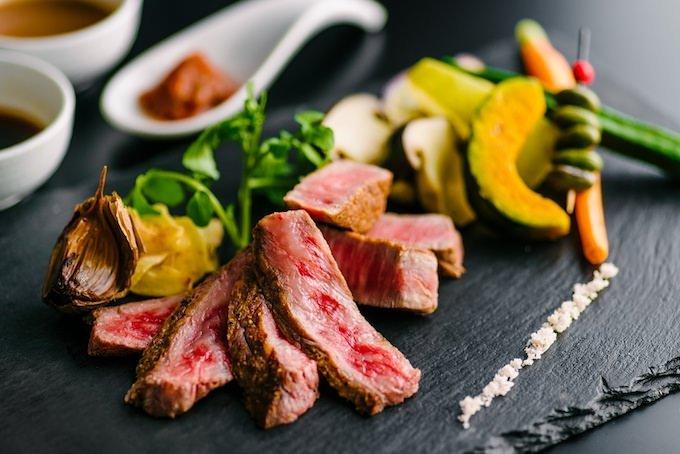 傳火(てんか)牛肉