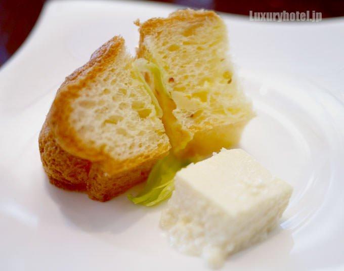 クリームチーズとクグロフサンドイッチ