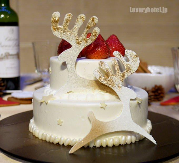 千疋屋クイーンストロベリー プレミアムショートケーキ 正面からの全体像