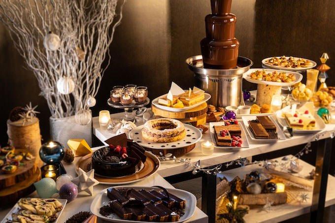 グランド ハイアット 東京 チョコレート アフタヌーンティー ブッフェ ブッフェ台画像