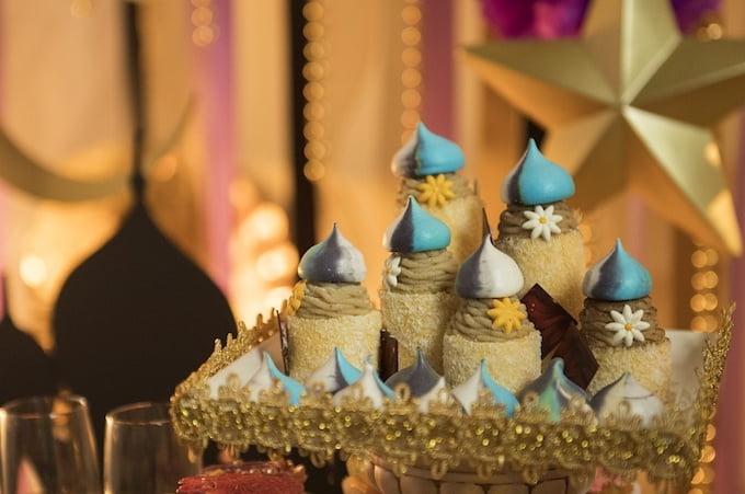ヒルトン大阪 クリスマス「デザートビュッフェ ~魔法の絨毯にのって~」 スイーツ画像