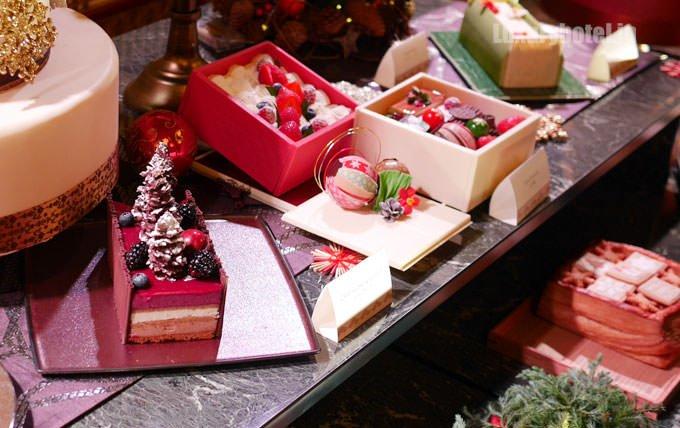 ホテル雅叙園東京 クリスマスケーキ発表会 展示の様子